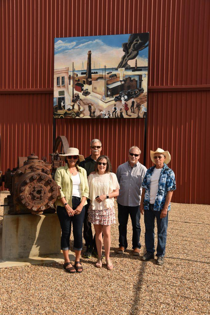 Mrs. Glendon Jett, Mr. and Mrs. Dubiskas, Ken Whitworth (co-owner of Woody's Glass in Borger) and Glendon Jett